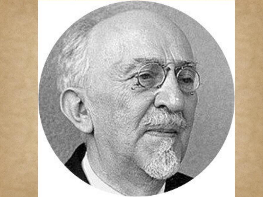 Vladimir Nazor: a poet or a politician?!